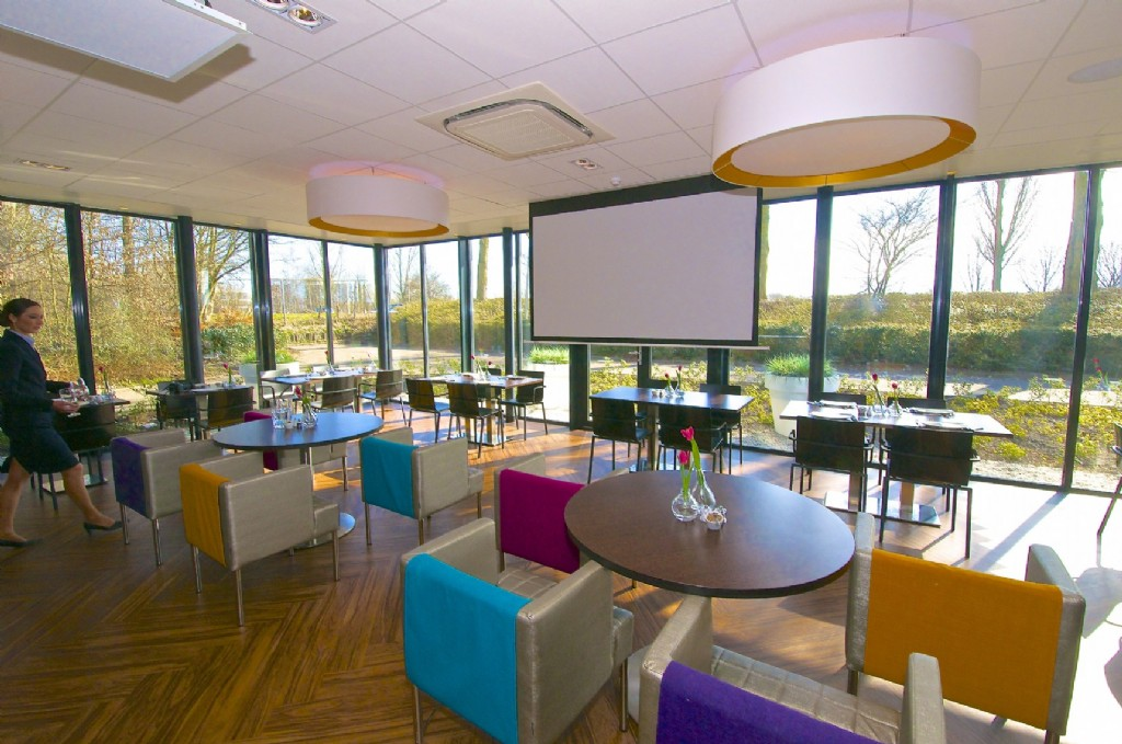 Meeting rooms and capacity - Grand Hotel Amstelveen
